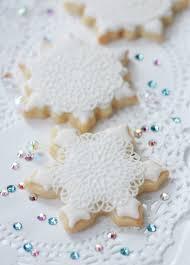 snowflake cookies snowflake cookie tutorial sweetopia