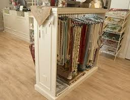 Shabby Chic Furniture Store by Top 25 Best Store Fixtures Ideas On Pinterest Store Shelving