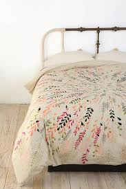 Bedding Like Anthropologie Vintage Scarf Bedding I Have A Beautiful Piano Shawl Like This