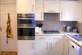 100 how much does it cost to install kitchen cabinets 100