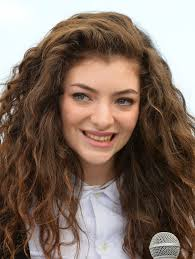 lexus timeline wiki best lorde curly hair moments lorde curly hair timeline teen vogue