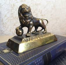 metal lion statue vintage brass lion statue waterloo souvenir battle of