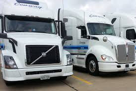 kw truck equipment con way buys 550 new trucks from kw volvo navistar and