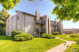 Comfort Care Homes Omaha Ne Camelot Village Studio 3 Bedroom Apartments Elevate Living