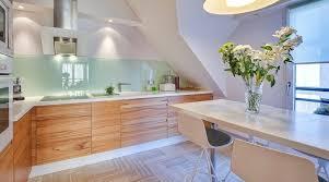 cuisine contemporaine blanche et bois cuisine blanche bois with contemporain cuisine décoration de la