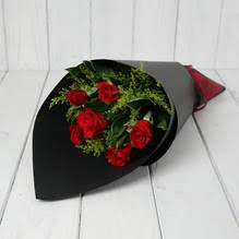how much does a dozen roses cost market flowers auckland online florists free delivery auckland