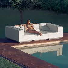 Swimming Pool Furniture by Vondom Sale Save 20 Now At Yliving