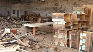 Manufacturing And Immporting Furniture From India - Factory furniture