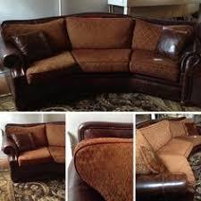 Texas Leather Sofa Jeff Zimmerman Burgundy Gold Sofa W 5 Pillows