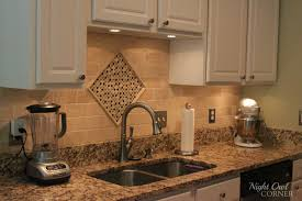 Cream Kitchen Tile Ideas by Kitchen Backsplash Ideas For Kitchen Using Combination Of