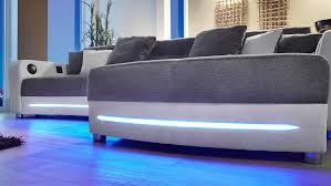 und sofa laredo sofa weiß grau mit led und soundsystem