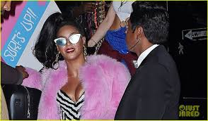 barbie costume for halloween beyonce u0026 jay z go vintage barbie with blue ivy for halloween