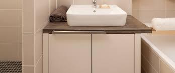 badezimmer mit dachschräge badezimmermöbel nach maß planen bestellen deinschrank de
