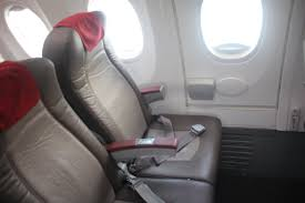 siege business air royal air maroc economy experience boeing 737 amsterdam