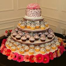 cupcake and cake stand wedding cake alternatives wedding cake cupcakes wedding cake