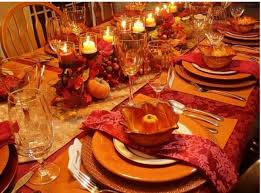 how a server hired to help with thanksgiving dinner