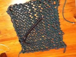 how to weave your into an emergency sleeping pad hammock