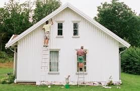 Average Cost Of Painting A House Exterior - what is painting season for outside of a house