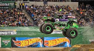 monster trucks grave digger crashes results monster jam