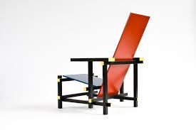 chaise rietveld chaise et bleue gerrit rietveld 1930 design market
