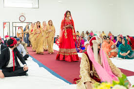 indian wedding garland garland tx indian wedding by mnmfoto wedding photography
