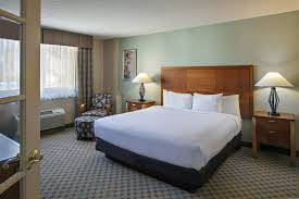 king bedroom suite king of prussia hotels suites doubletree valley forge