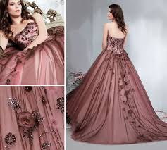Non Traditional Wedding Dresses These 20 Non Traditional Wedding Gowns Worn By Real Brides Come