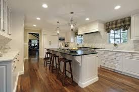 cuisine blanche avec ilot central la cuisine avec ilot cuisine bien structurée et fonctionnelle