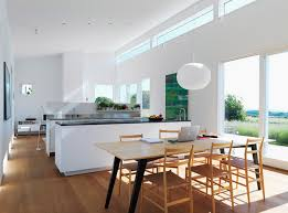 cuisine design blanche cuisine blanc avec parquet photos de design d intérieur et