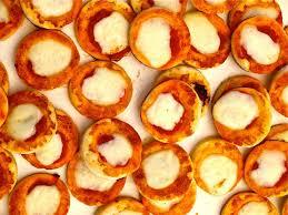 recettes cuisine italienne les pizzette calabraises sont des petites pizza une entrée
