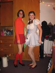 Velma Costume Our Homemade Velma And Wizard Of Oz Costumes Imgur