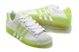 affordable running shoes large thanksgiving canada adidas