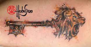 key lion head tattoo watercolour tattoo arm habu san philip