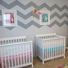 chambre pour jumeaux quelle décoration pour une chambre de bébé ma maison mon