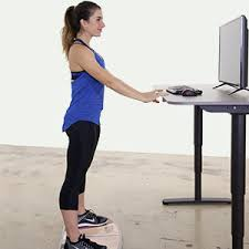 benefits of standing desks wurf