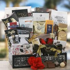 anniversary gift basket affordable anniversary gift ideas