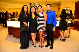 smile gala and tiffany u0026 co cocktail party yellow magazine
