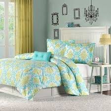 wall paint color to complement teal u0026 green bedding