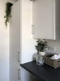 using high gloss paint on kitchen cabinets how to spray paint gloss kitchen cabinets