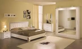 peinture chambre adulte moderne peinture chambre adulte moderne à référence sur la décoration de la