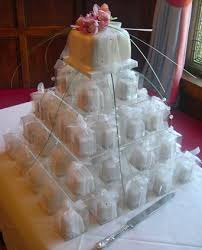individual wedding cakes ivory lustre and pearl mini cakes