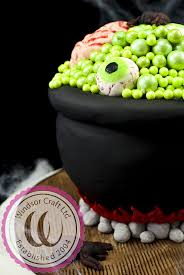 Best Halloween Cake by 18 Best Halloween Cake Decorating Images On Pinterest Cake