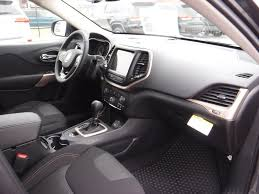 jeep xj steering wheel 2017 new jeep cherokee 17 jeep cherokee 4dr fwd at landers serving