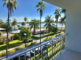 yacht club towers homes for sale in west palm beach
