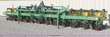 2000 john deere 1720 integral stack fold planter item h572