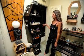 Curio Cabinets In Las Vegas Nv Pahrump Couple U0027s Coffinwood Part Of Family Business U2013 Las Vegas