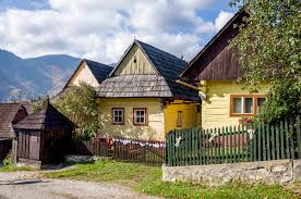 Traditional European Houses Traditional Village Life In Vlkolinec Slovakia Travel Addicts