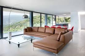 entretenir un canapé en cuir comment nettoyer un canapé en cuir et l entretenir