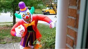 when halloween decorations attack scary killer clown attacks