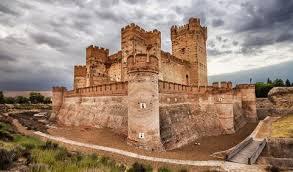 beautiful castles spain